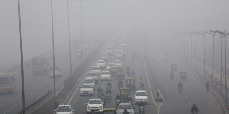Delhi bans entry of trucks, contruction activites as air quality is severe