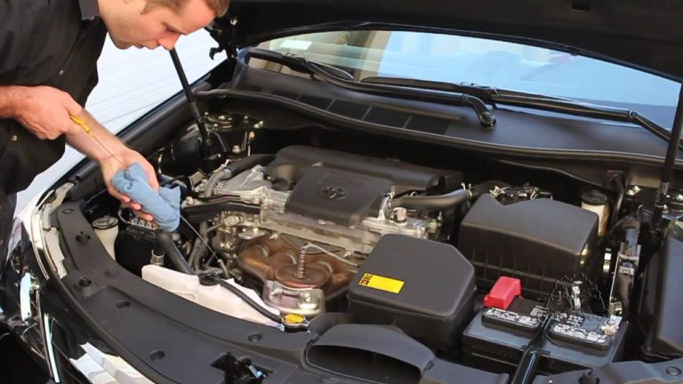 Personal Safety Tips You Must Practice During DIY Vehicle Maintenance