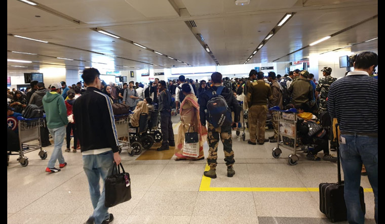 All Airports Near border are Shut down due to Increasing Tension Between India Pak