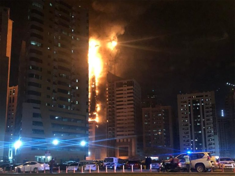 Seven injured in a massive fire at Sharjah tower, more than 250 families evacuated