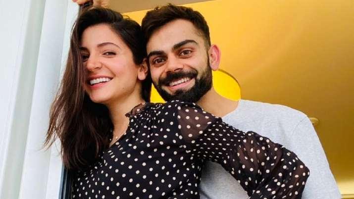 Anushka Sharma and Virat Kholi announces about pregnancy
