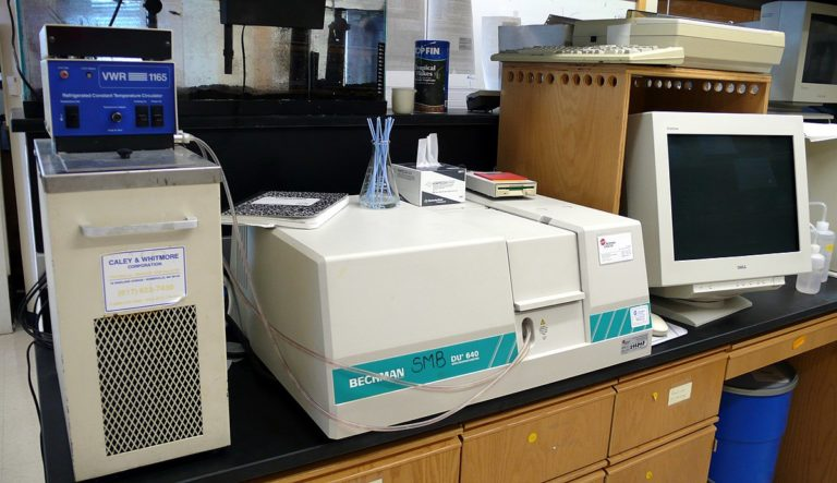 How to Choose a Spectrometer