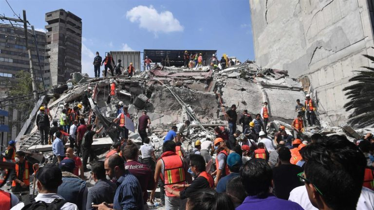 Mexico City Earthquake ,Magnitude 7.1 and killed 273 people – See latest Update Here