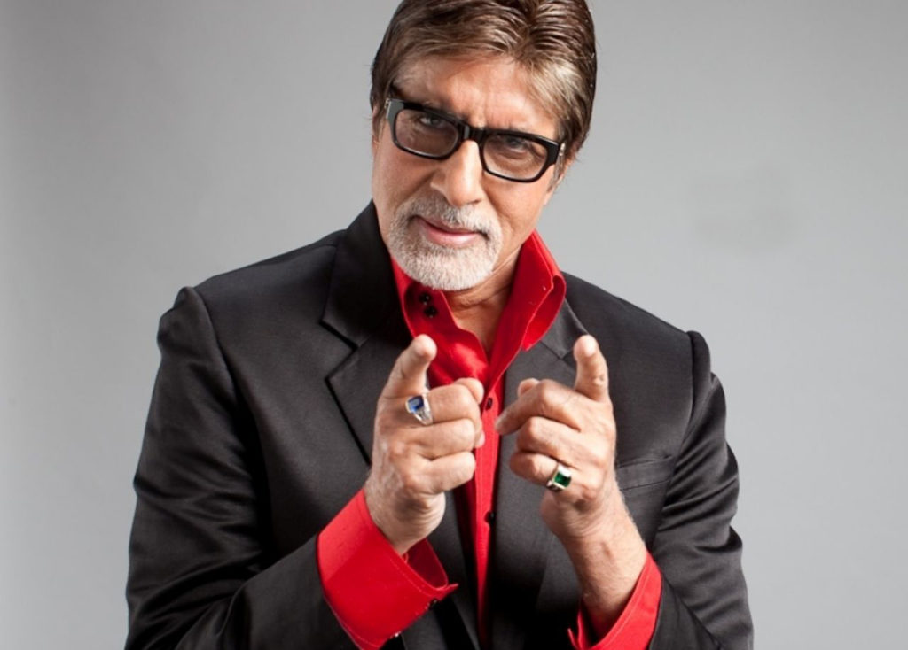 Amitabh Bachchan along with six others gets notices