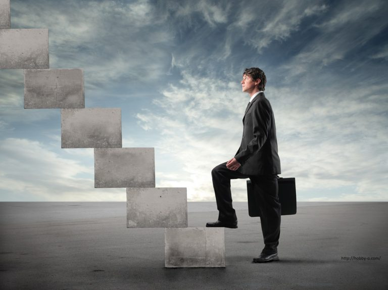 TOP 7 HELPFUL CAREER TIPS TO CLIMB THE LADDER OF SUCCESS