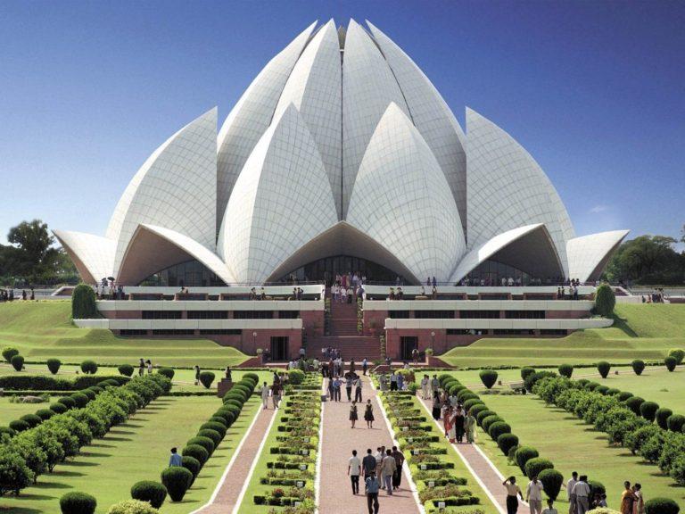 Wonderful Worship: New Delhi Explored