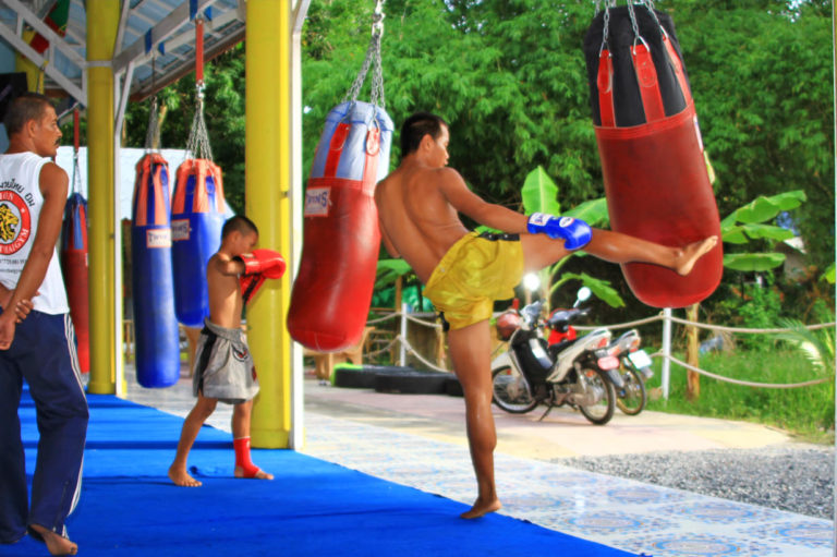 Good Travel and Holiday with Suwit Muay Thai gym