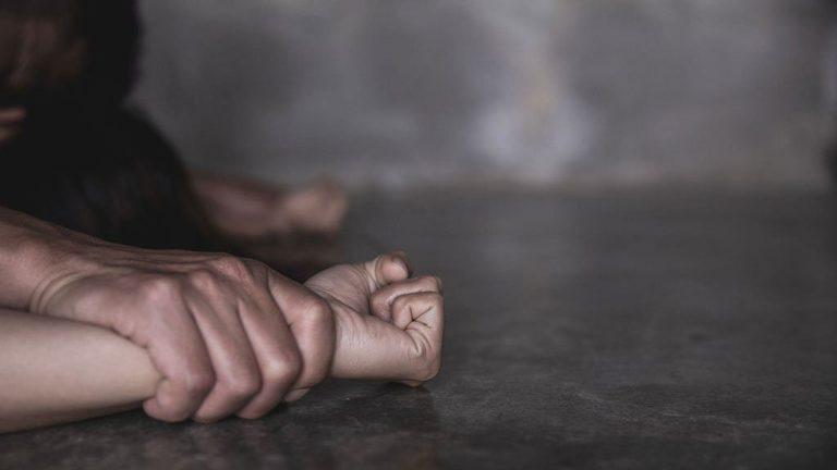 Hathras Gangrape: Shiv Sena protests, says Mumbai police to start probe