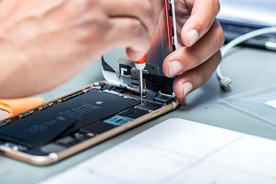 Get Your Samsung Phone Repaired Urgently From Professionals